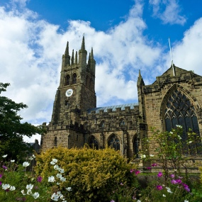 credit linda-bussey-Tideswell-cathedral