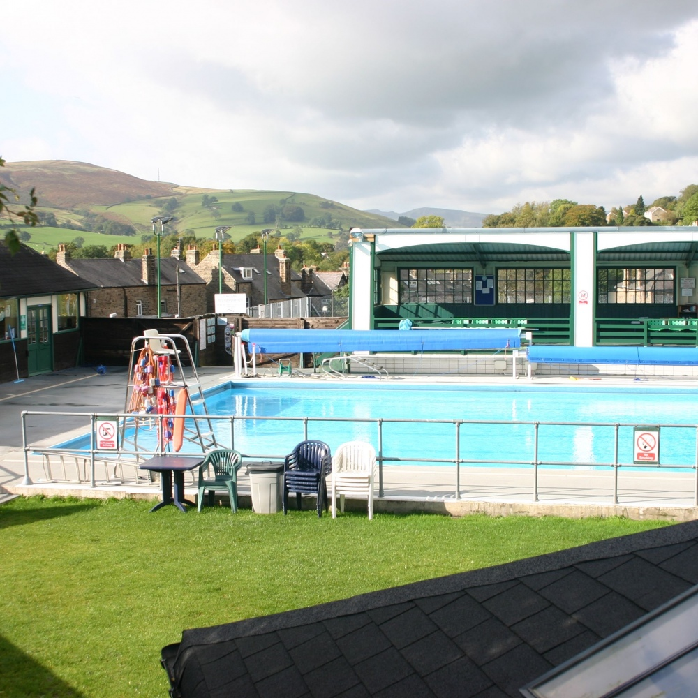 Hathersage Swimming Pool Perfect Picnic Spots Accessible Derbyshire